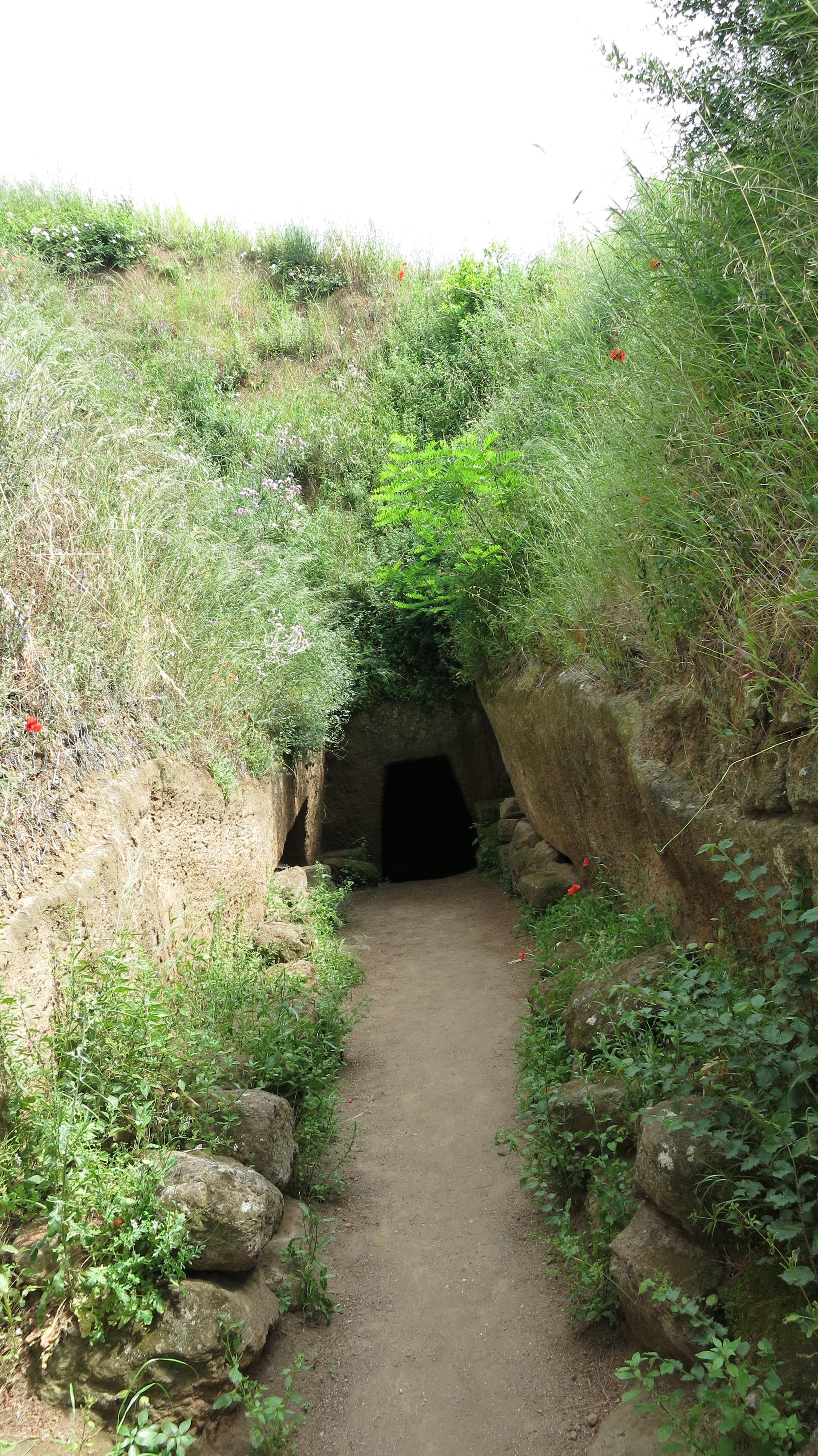 /posts/06-06-19/banditaccia-tomb-entrance.JPG