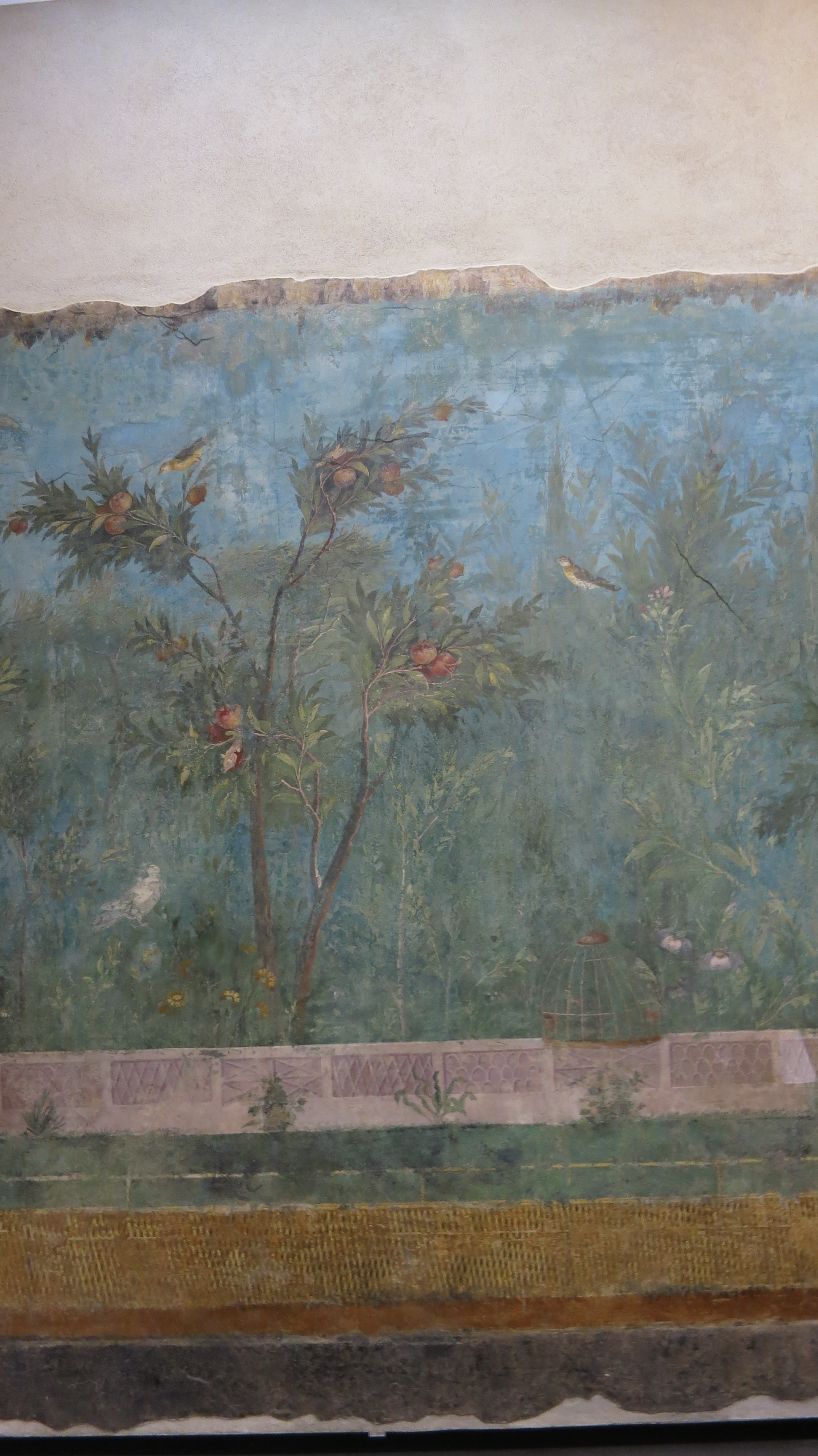 https://d33wubrfki0l68.cloudfront.net/d99957c955448ebb5947b664106a483e9546b8b9/65786/posts/06-11-19/livia-villa-fresco.jpg